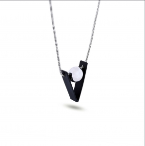 Lesk Long Triangle Pendant Necklace