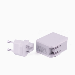 Spice Positech 3 Port Travel Adapter