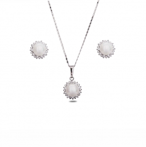 Lesk Faux Pearl Drop Necklace with Earrings