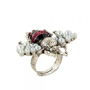 Lesk Bee Shaped Adjustable Finger Ring for Women.